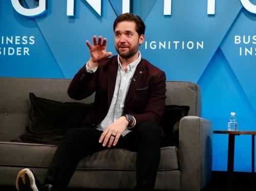 Reddit cofounder Alexis Ohanian issued an ominous warning for Facebook: 'We've hit peak social'