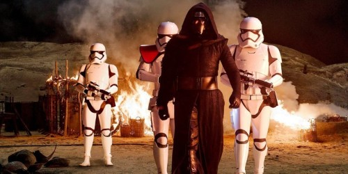 Forget BB-8 — the real breakout character of 'Star Wars: The Force Awakens' is this riot gear-wielding Stormtrooper