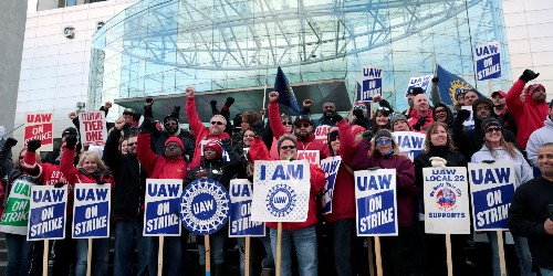 GM strike could cost the automaker $3.25 billion, BAML says - Business Insider