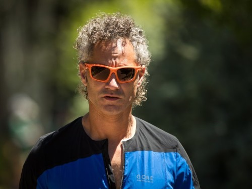 Palantir is reportedly seeking more private funding, delaying IPO