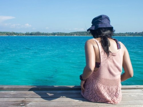 I purposely spend every Sunday alone without my phone — and it makes all the difference in my work