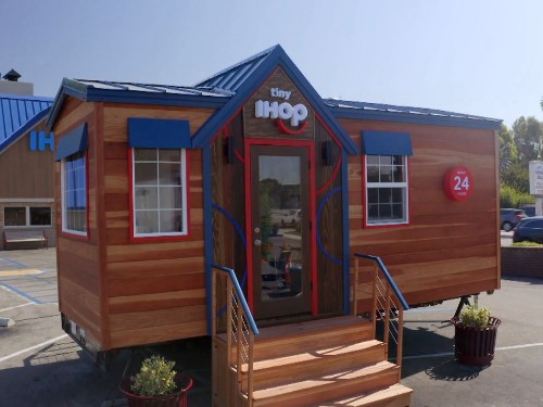 IHOP tiny house dinner series will serve free tiny IHOP food - Business Insider