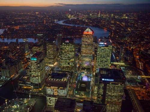 A photographer captured breathtaking aerial photos of London throughout 2016