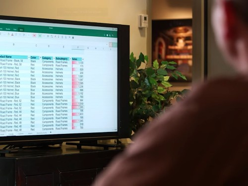 Here are 200 Excel shortcuts that'll make your life a lot easier - Business Insider