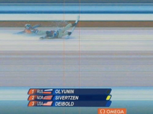 US Snowboarders Simultaneously Crash At The Finish Line In A Crazy Photo Finish