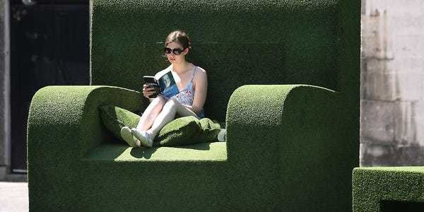 14 books that will change the way you think about money - Business Insider