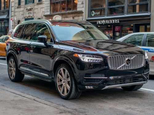 We drove a $65,000 Audi Q7 and a $60,000 Volvo XC90 to find out which one is a better luxury SUV — here's the verdict