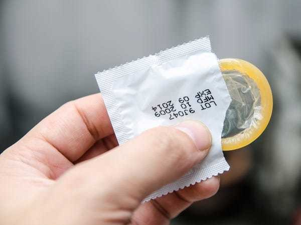 7 condom myths everyone needs to stop believing, according to a doctor - Business Insider