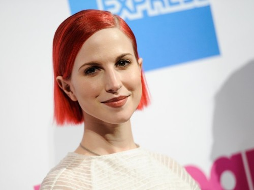 Paramore's Hayley Williams says anyone dyeing your hair should ask why