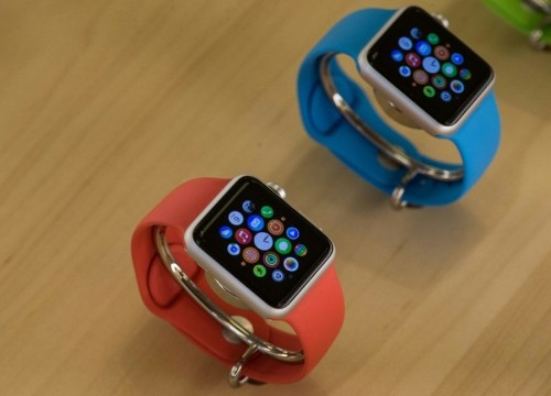 Analysts are 'disappointed' over low Apple Watch sales