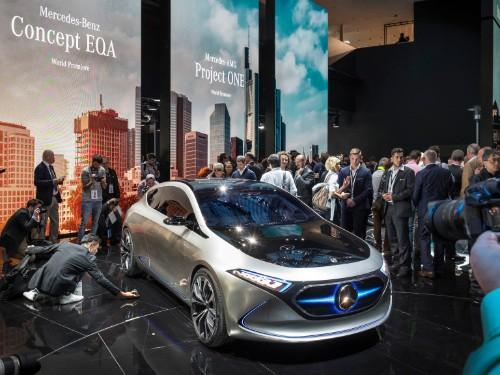 Mercedes EQA electric concept: Details, pictures