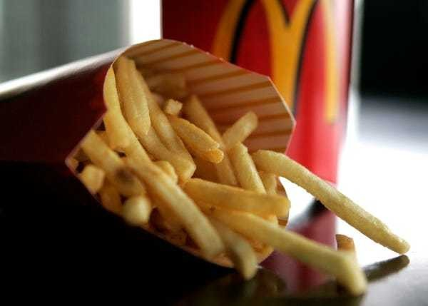 Fast food still includes an ingredient with no purpose and plenty of negatives - Business Insider