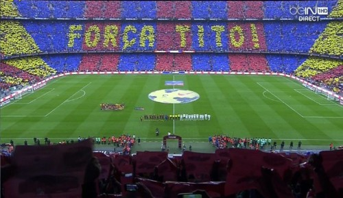 98,000 Barcelona Fans Create Incredible Tribute To Cancer-Stricken Coach Before The Real Madrid Game