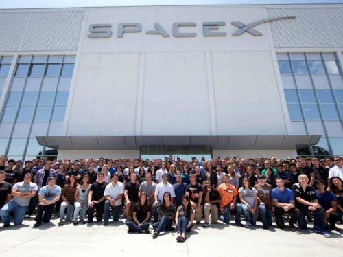 LIFE ON ROCKET ROAD: What it's like to intern at SpaceX
