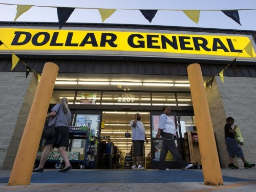 Dollar General is defying the retail apocalypse and opening 975 stores — here's what it's like to shop there