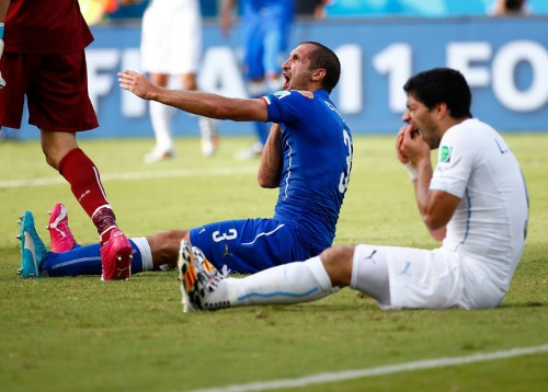 Uruguay's Captain Has A Conspiracy Theory About The Luis Suarez Bite Mark