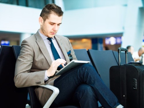 7 rules for flying like a modern gentleman