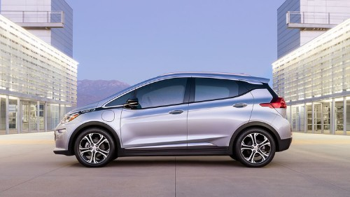 Motor Trend: The Chevy Bolt makes most other electric cars 'utterly irrelevant'