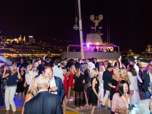 How to throw a 6-figure yacht party for millionaires and celebs