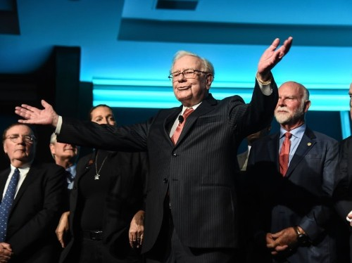 7 billionaires who have Warren Buffett to thank for their fortunes