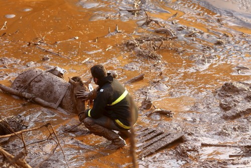 Jaw-dropping photos of Brazil's worst environmental disaster that unleashed 50 million tons of toxic mud