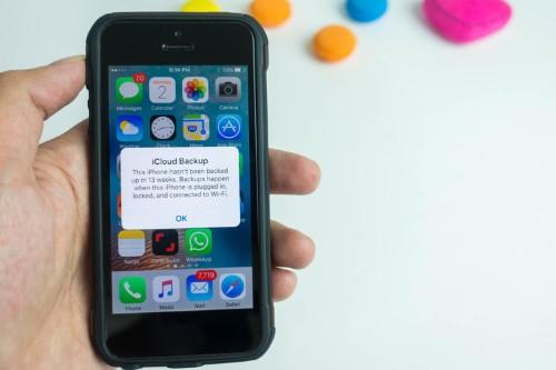 Congressman asks Apple about iCloud storage alerts during hearing