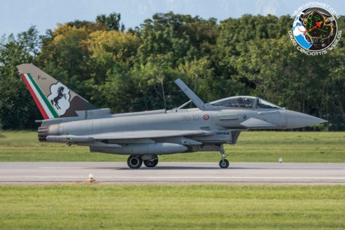 The Italian Air Force just showed off its most advanced aircraft and capabilities — here are some sweet photos