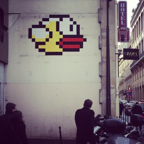 A Giant Piece Of 'Flappy Bird' Art Just Appeared On A Paris Street