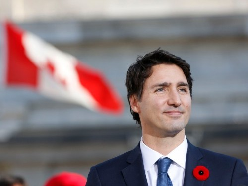 How to move to Canada and become a Canadian citizen