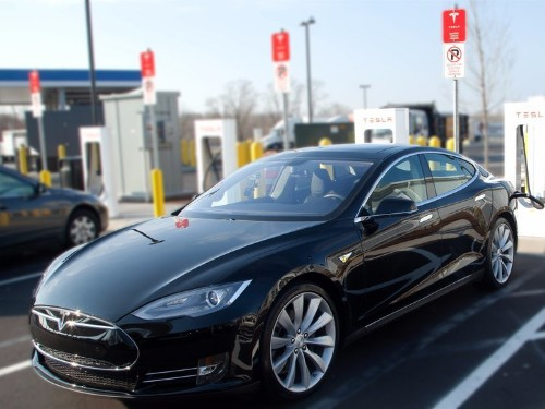 Here's the latest on the federal investigation into Tesla's first fatal Autopilot crash