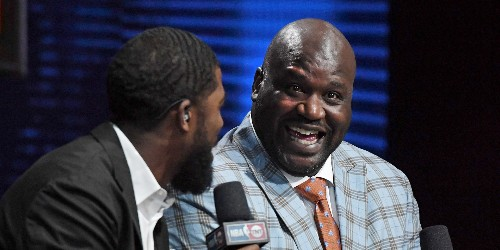 Shaq is investing in 9 Papa John's locations — here's where 7 other celebrities own fast food chains