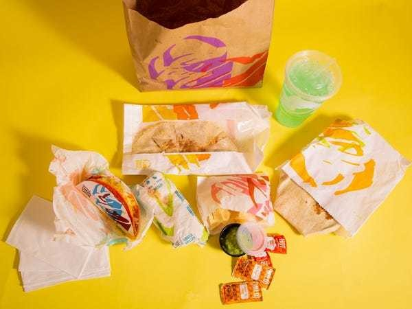 I'm 22 and just went to Taco Bell for the first time. Now I'm obsessed. - Business Insider