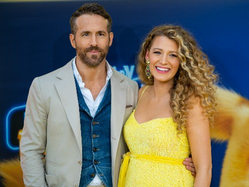 Ryan Reynolds shared the first look at his and Blake Lively's third daughter - Business Insider