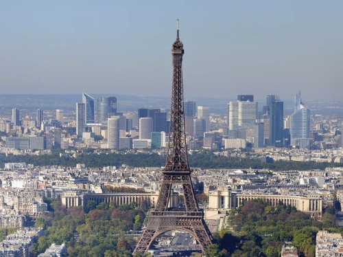 French Soldier Stabbed In Neck Near Paris