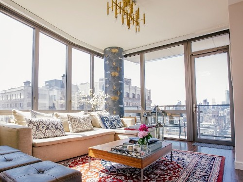 New data shows 1 in 4 luxury apartments in New York City are unsold — and it could be signaling a recession is near