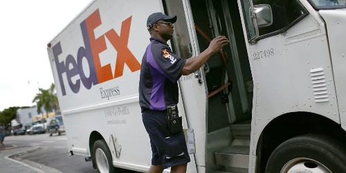 FedEx tumbles 9% after slashing profit forecast, citing trade war and recession fears (FDX)