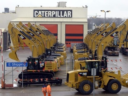 Goldman Sachs thinks a new 'commodity deflation cycle' is just beginning and Caterpillar is going to get crushed