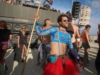 Here's why Google's co-founders went to Burning Man to find former CEO Eric Schmidt