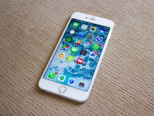 Apple is still selling the iPhone 6s for a lower price, and it's a steal