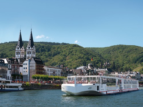 Why People Are Choosing River Cruises Over Traditional Ocean Liners