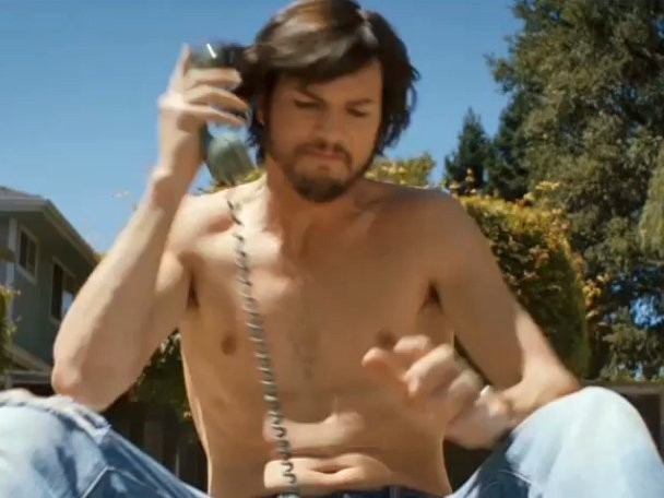 Ashton Kutcher Copied Everything Steve Jobs Ate, Read, And Watched To Prep For 'jOBS' Role