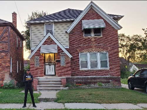 Detroit man buys $2,100 abandoned home and renovates it: Photos - Business Insider