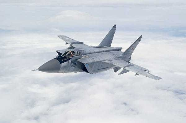 Photos of the MiG-31, the Russian jet that's chased away SR-71s - Business Insider