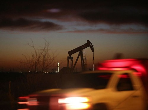 The US shale oil industry is booming despite low crude prices