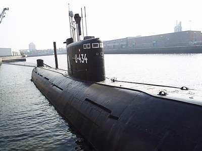 Finland dropped 6 depth charges on a suspected Russian submarine but says it doesn't want to 'create a farce'