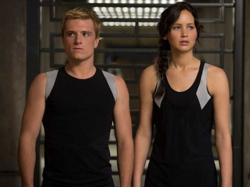 How The New 'Divergent' Star's Salary Stacks Up Against Jennifer Lawrence's 'Hunger Games' Payday
