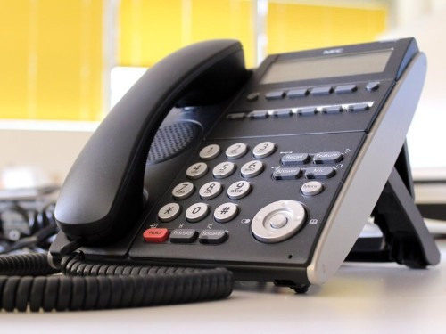 How to choose a phone system for your business