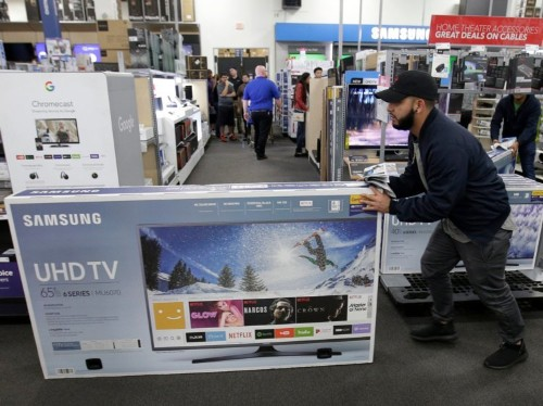 Best Buy's aging core customers 'will die out,' Wall Street analysts say in bleak warning