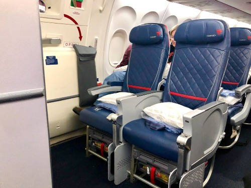Delta Comfort Plus flight to Iceland extra legroom: Review, 757-200 - Business Insider