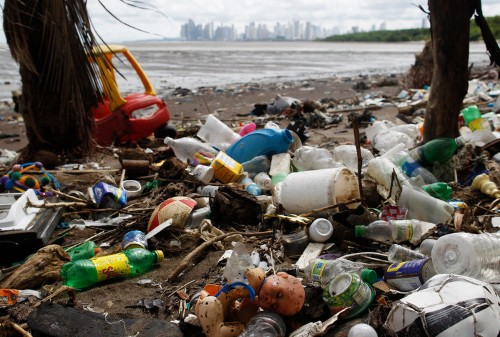 There are billions of pounds of plastic in the ocean — but scientists think this machine can clean it up